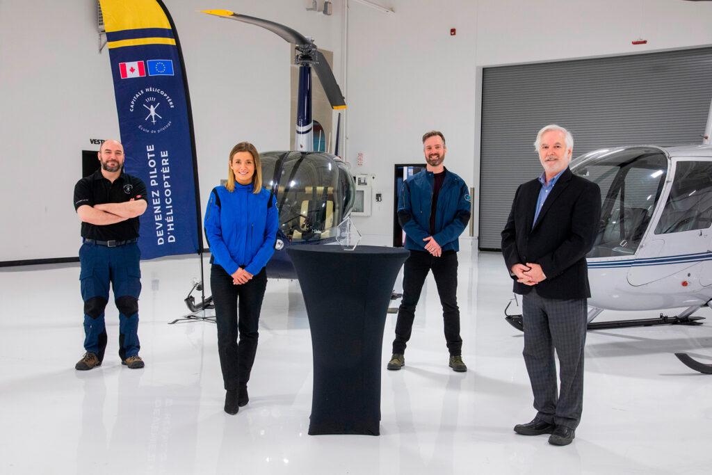 Frédéric Ali, Stéphanie Huot, Christian Landry et Jean-Marc Dufour lors de la remise du Trophée Roland-Simard 2019.